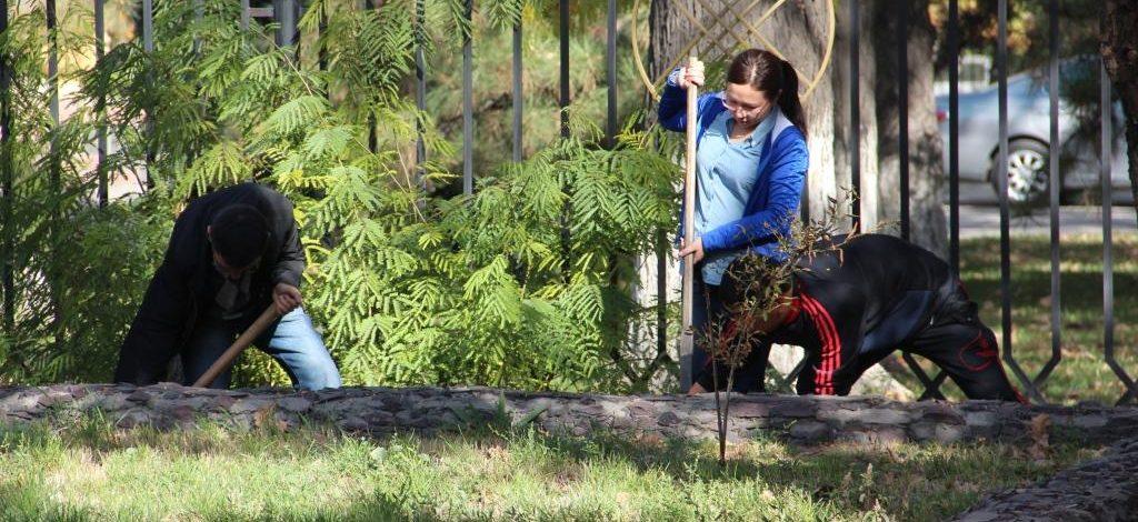 Мэрия Бишкека: Объявлен трехмесячник по санитарной очистке городской территории