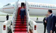 Кыргызская делегация во главе с премьером Абылгазиевым прибыли в Душанбе