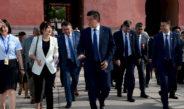 Фото: Президент Жээнбеков посетил Запретный город и Великую Китайскую стену