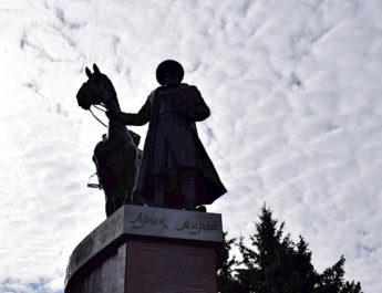 На Иссык-Куле праздновали 450-летие Арык мырза