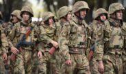 «Долой дедовщину!»: Военный суд Душанбе наказал трех солдат избивших сослуживцев