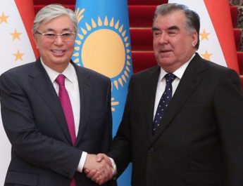 Казахстан и Таджикистан увеличат товарооборот до $2 млрд.