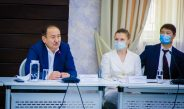 Вакцинация от COVID-19: В Бишкеке прошла первая встреча Минздравсоцразвития со СМИ