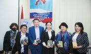 В Бишкеке прошел круглый стол посвященный 110-летию со дня рождения Кубанычбека Маликова